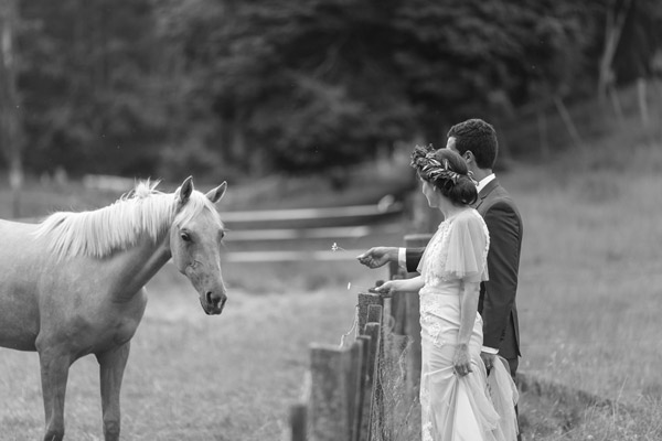 rambo-estrada-emily-omid-old-forest-school-tauranga-wedding-photographers-697-bw